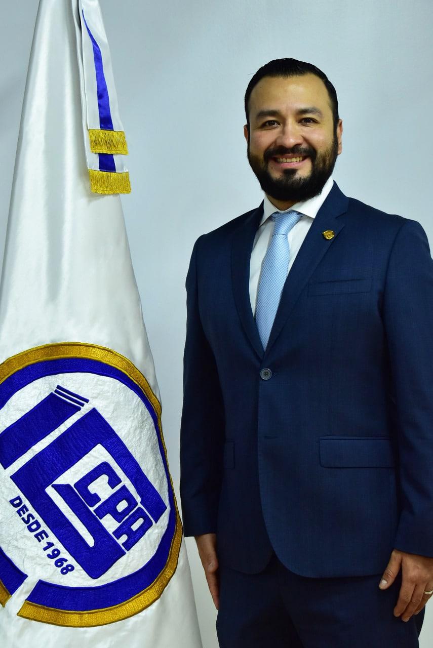Lic. José David López