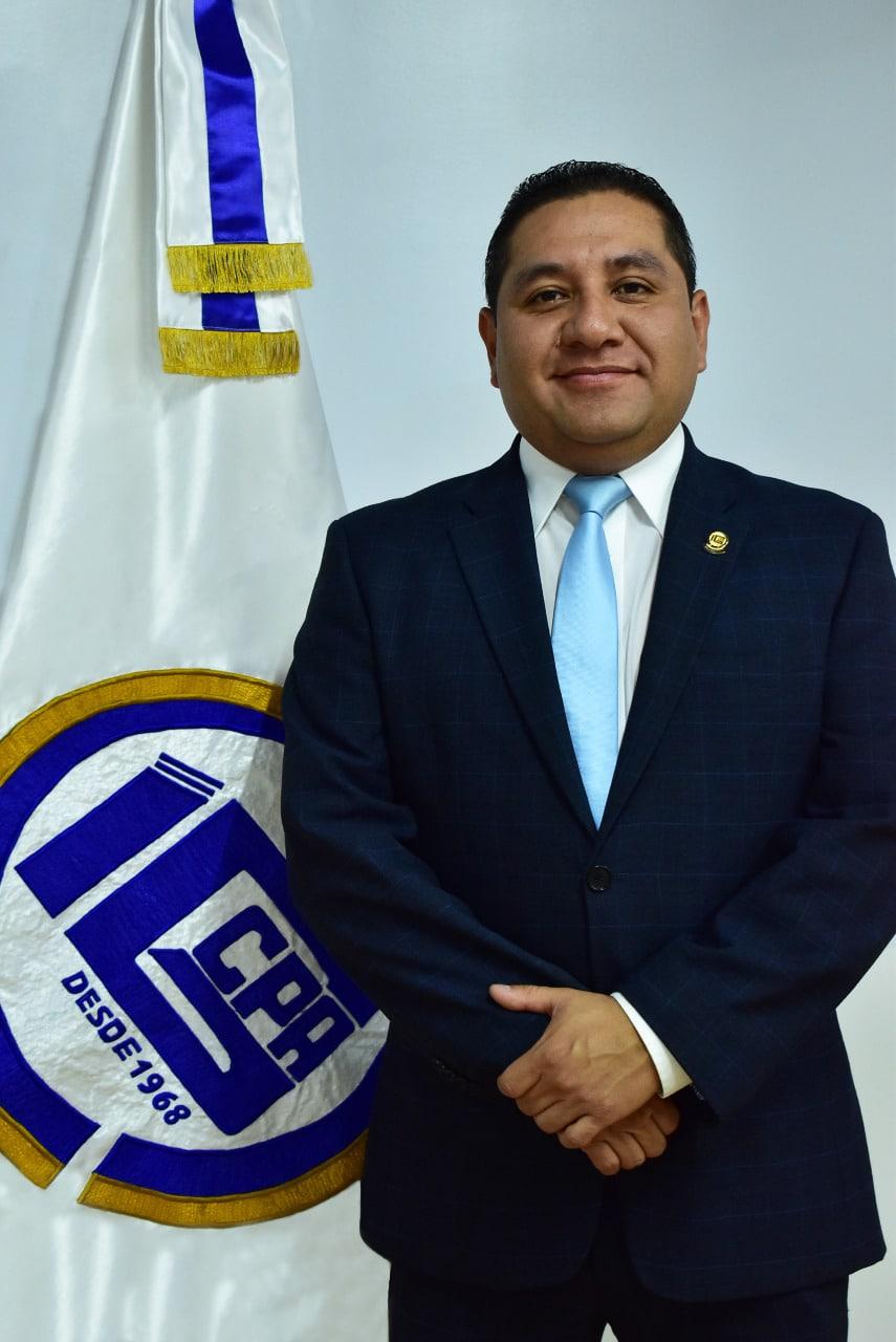 Lic. Mario Coyoy