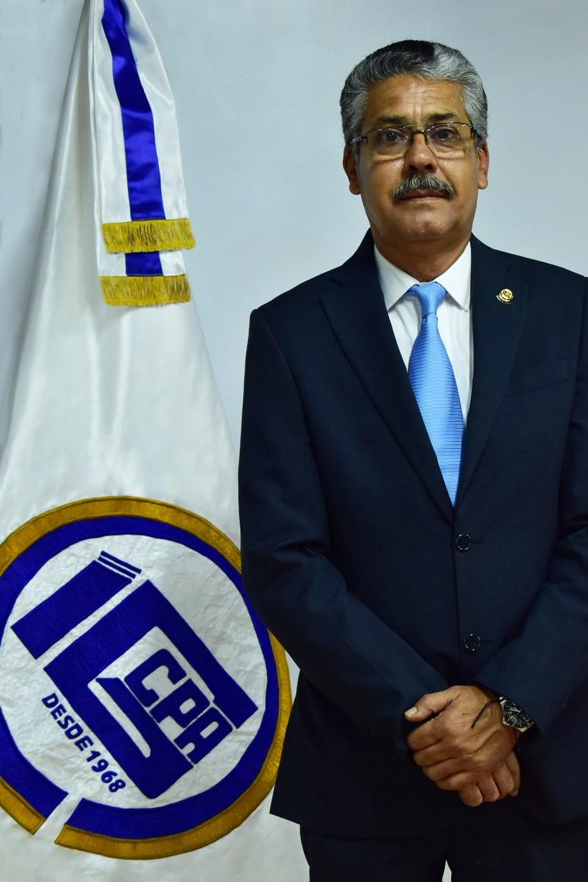 Lic. Orlando Barreda