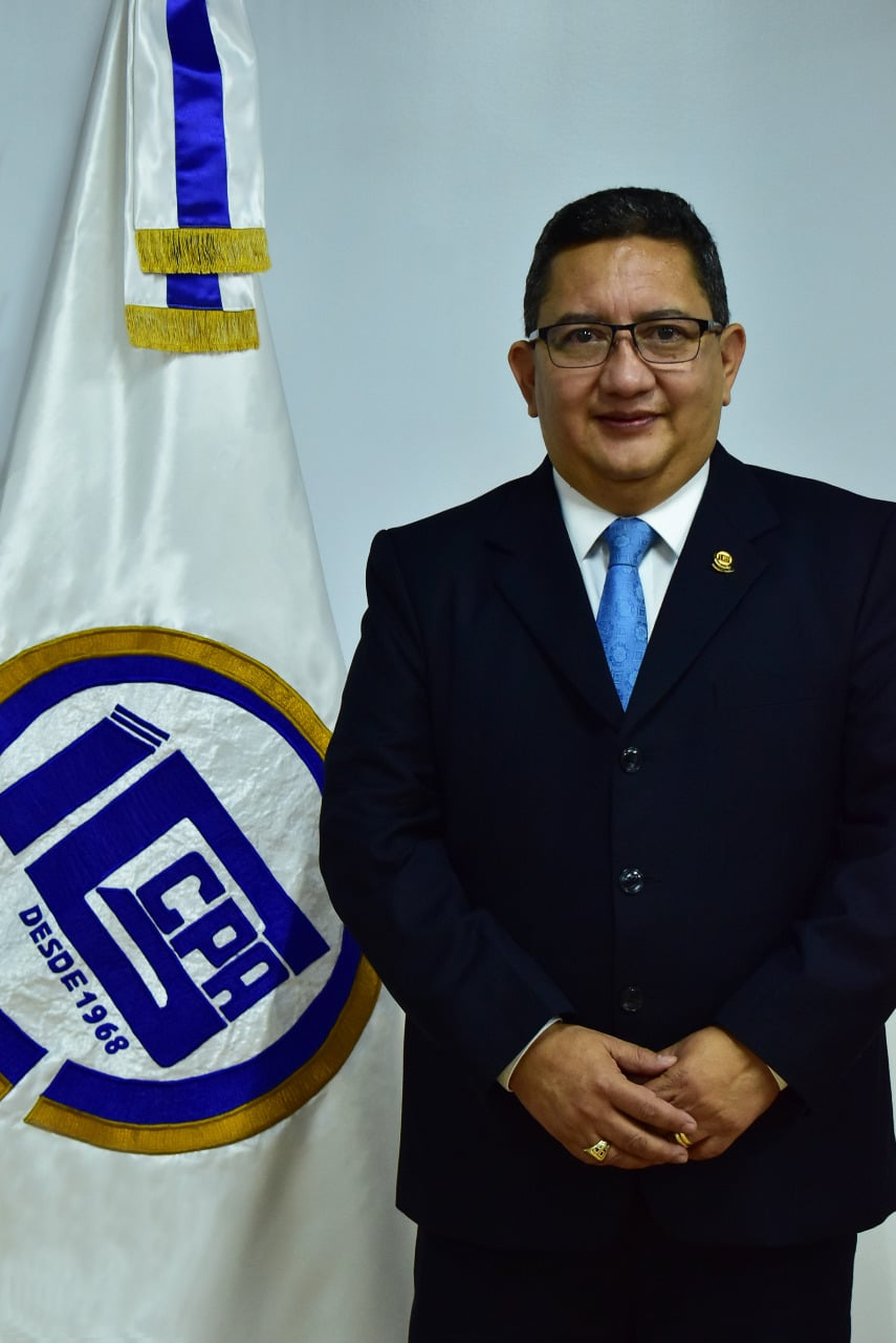 Lic. Oscar Noé López